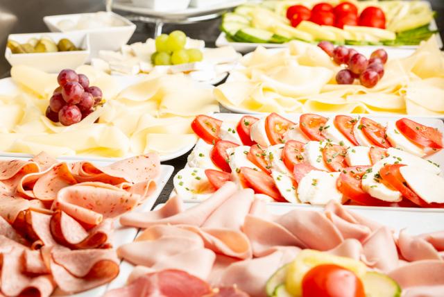 pic_breakfast-buffet